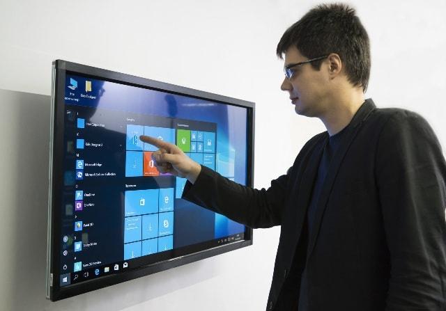 Як вибрати інтерактивний дисплей